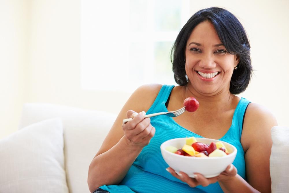 Women Eating Metabolic Balance Breakfast